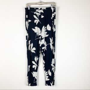 Lucky Brand | Navy Floral Ankle Zip Pull on Pants